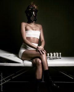 Gratia plena domina mistress clinical cups erotic art bdsm maschera antigas fetish bende